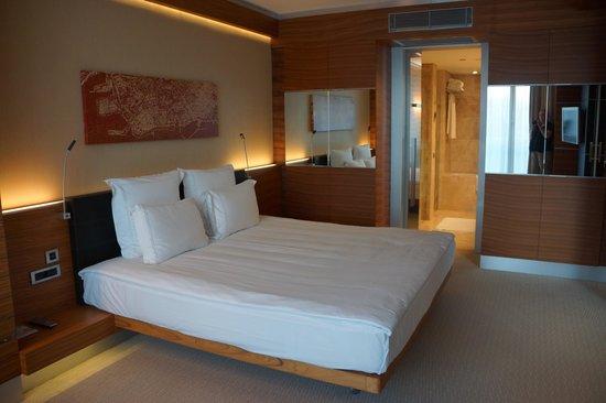 Swissotel Grand Efes Izmir: Bedroom