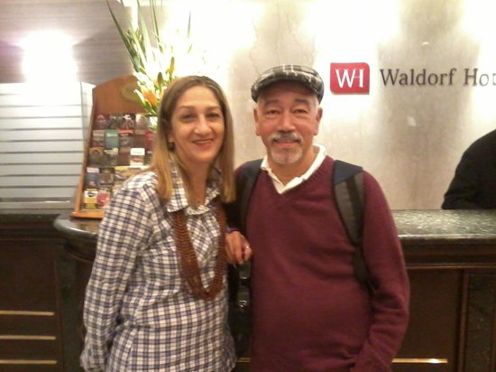 Waldorf Hotel: Lobby do Hotel. Antonio e Nilza.