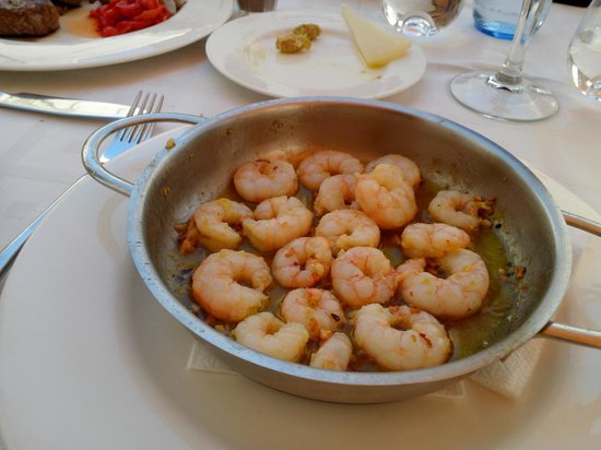 Taberna Luque: Prawn with Garlic -- Looked simple but really delicious