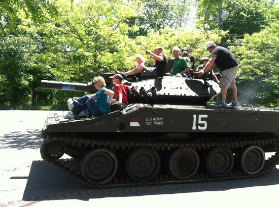 Military Museum of Southern New England : RIDE