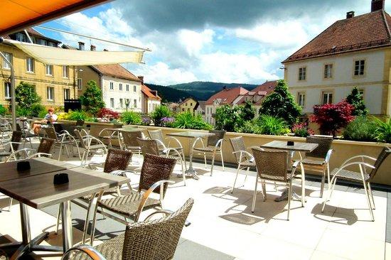 Hôtel La Guimbarde : Terrasse panoramique - Printemps 2014