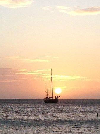 Hotel Riu Palace Aruba: sunsetting