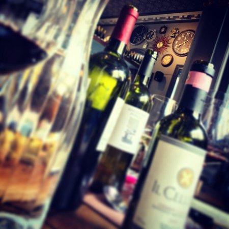 Osteria Del Tempo Perso : Wine, wine, wine.