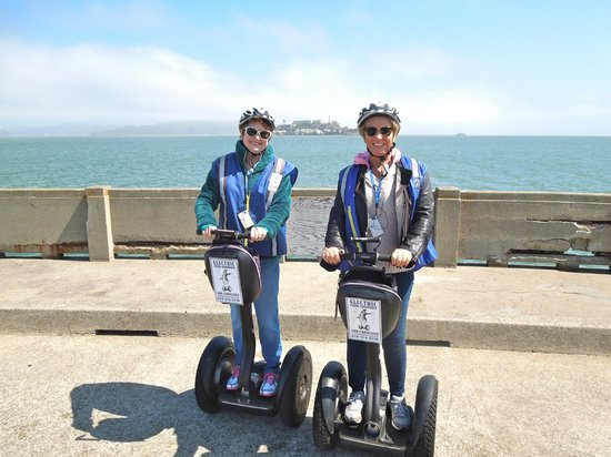 Electric Tour Company Segway Tours : Photo opportunity