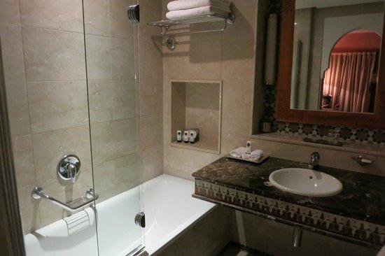 Sofitel Marrakech Palais Imperial: bathroom