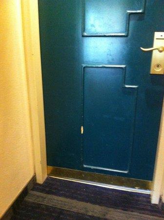 Herods Palace Hotel Eilat: Poor maintenance#5