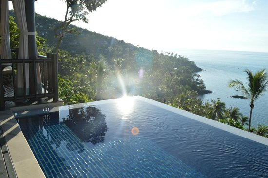 Four Seasons Resort Koh Samui Thailand : view from the end of our villa pool