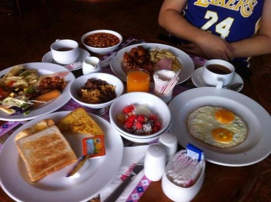 Chaba Samui Resort: the breakfast buffet