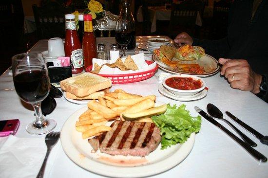 El Rancho Hotel Restaurant: le menu trad et mecicain