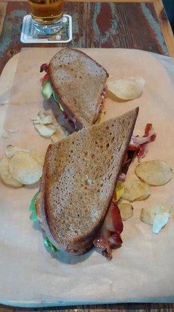 KRONE, kitchen & coffee: BALT sandwich