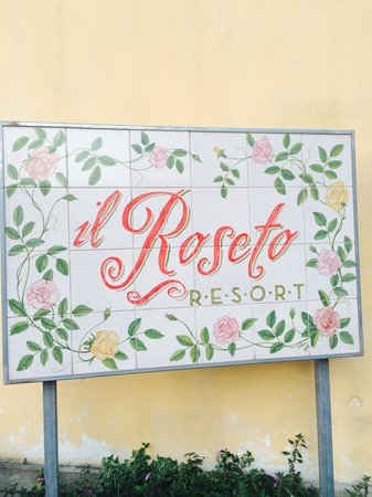 B&B Il Roseto: Lovely sign.