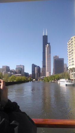 Chicago's First Lady Cruises: Chicago River Cruise