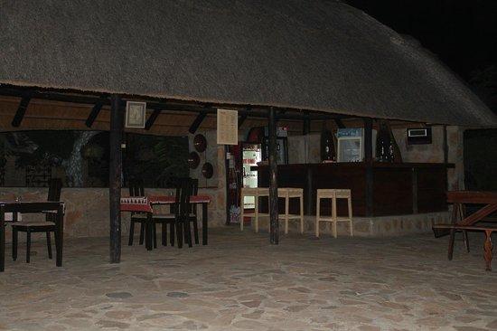 Masolosolo Lodge: Café da Ponte