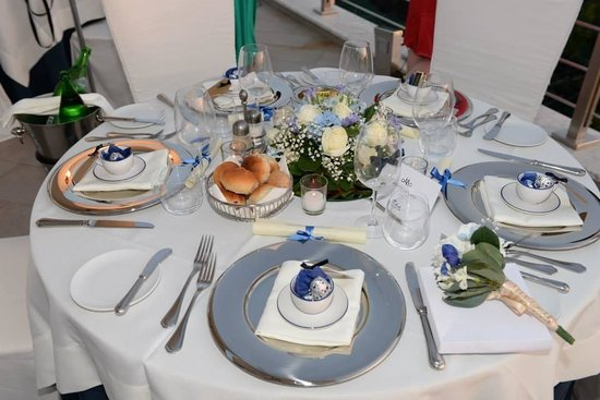 Hotel Mediterraneo Sorrento: Table setting for wedding