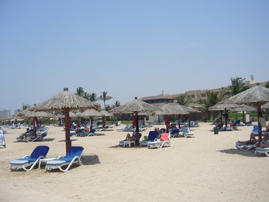 Hilton Al Hamra Beach & Golf Resort : Beach
