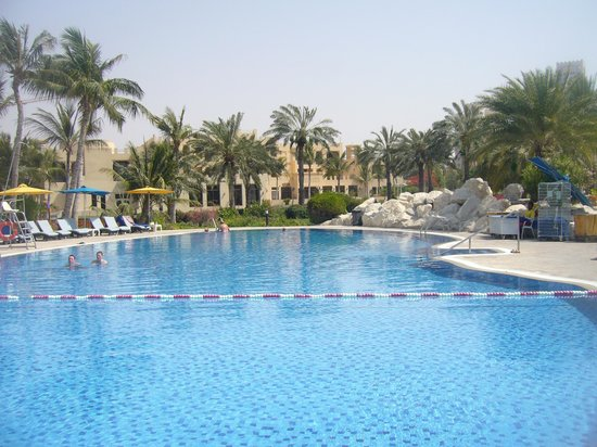 Hilton Al Hamra Beach & Golf Resort: one of pools
