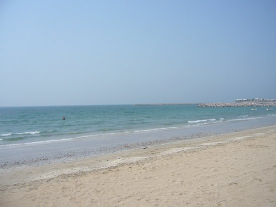 Hilton Al Hamra Beach & Golf Resort: sea 2