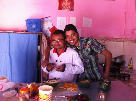 Himalayan Yoga Academy and Retreat: Serdu and Narayan - resident cooks =)