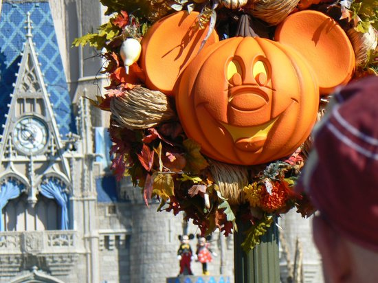 Disney's Old Key West Resort : Magic Kingdom at Halloween