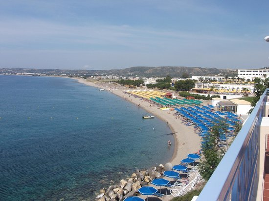 Mitsis Summer Palace: Uitzicht naar het strand