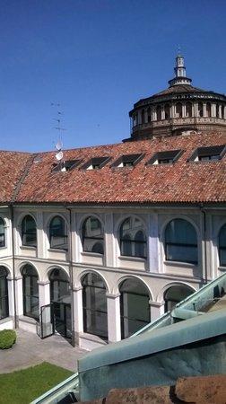 Palazzo Delle Stelline: patio and Santa Maria church