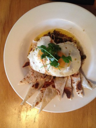 Relishes Cafe: Fried eggs with cumin and lemon butter.