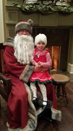 Huntsville, AL: Kris Kringle's Candlelight Christmas.