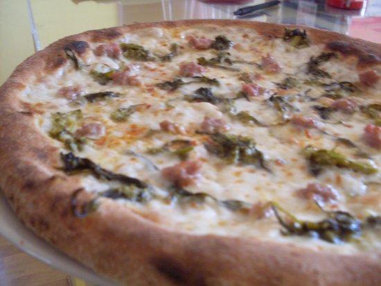 La Salsiccia E Friarjelli Foto Di Donna Rosa Pizzeria