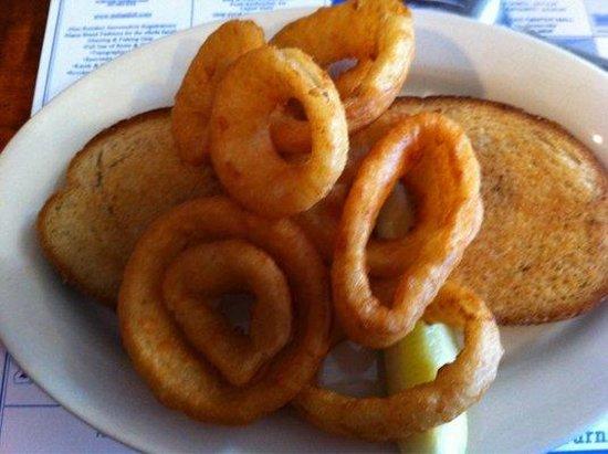 Flatlanders : Grilled cheese & onion rings - very yummie!