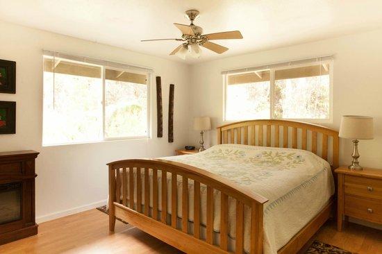 5th Street Ohana: Sir Spencer Bedroom 1
