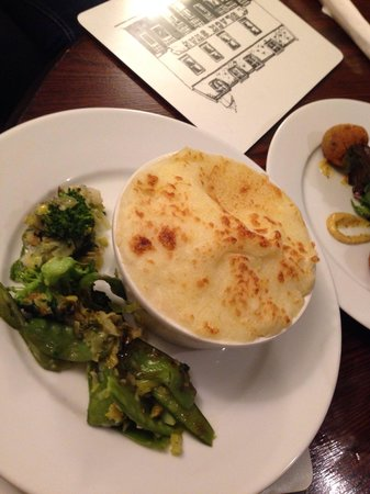 Black Swan Hotel: Homemade fish pie from the specials menu