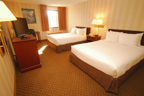 Days Inn & Suites Northwest Indianapolis: Standard Double Queen Room