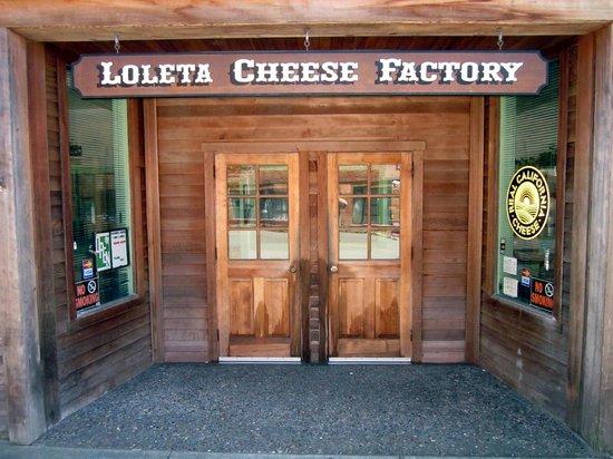 Loleta Cheese Factory: The Entrance