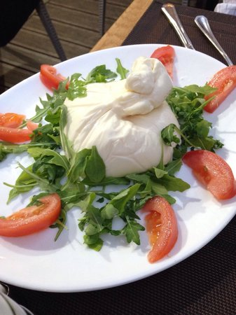 Le Terre Del Sud : Wonderful homemade burrata
