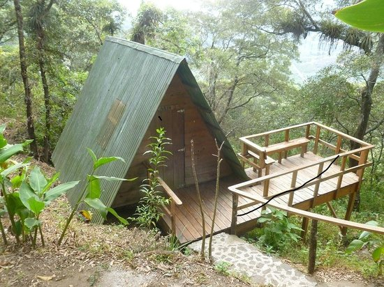 Earth Lodge: One of the small but more than adequate, immaculate cabins