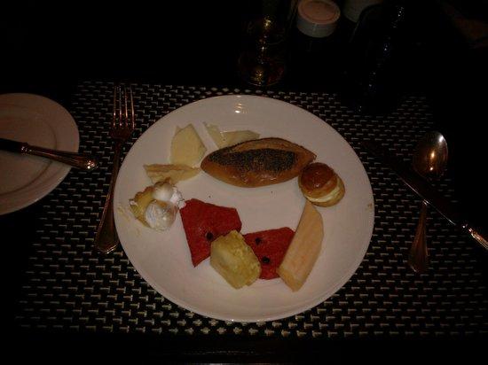 The Sukosol Hotel: Dessert lors d'un de nos souper à l'hôtel