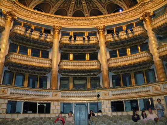 Grand Théâtre : Bordeaux Opera House