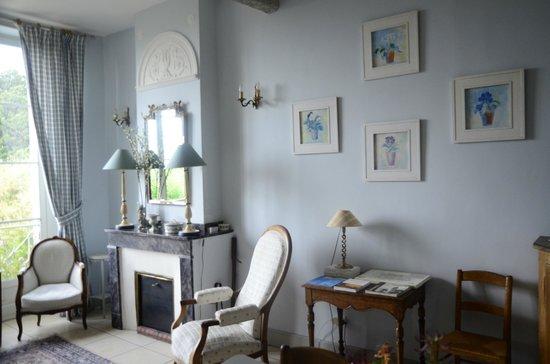 La Rougeanne: Detail sitting room