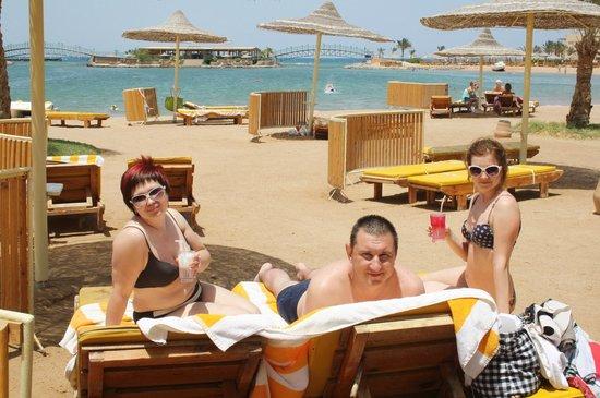 Desert Rose Resort : отдыхаем