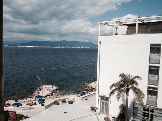 Towers Hotel Stabiae Sorrento Coast: Vista dalla camera