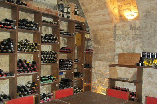 La Locandina: Wine Cellar