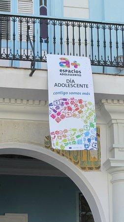 Place Vieille (Plaza Vieja) : Manifestazione giovanile nella Piazza