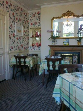 Pembroke Park Hotel: Breakfast room