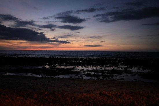 Desa Dunia Beda Beach Resort: Bonsoir