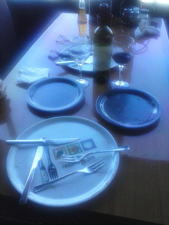 Apizza Di Napoli: A clean plate is the sign of good food!