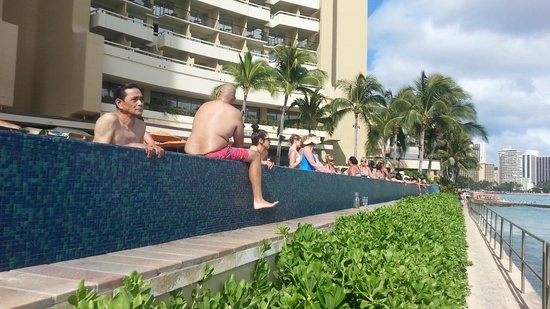 Sheraton Waikiki: have fun and hang loose
