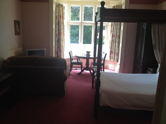 Ambleside Lodge: All rooms have a sofa or comfy chairs