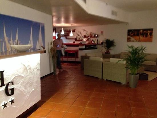 Hotel Garibaldi: reception