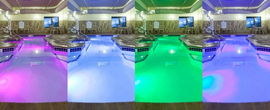 Expressway Suites of Grand Forks: Hot Tub Colors
