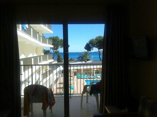 AluaSun Miami Ibiza Apartamentos : View from 205.